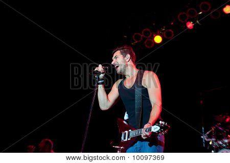Nick Hexum of 311 in Concert