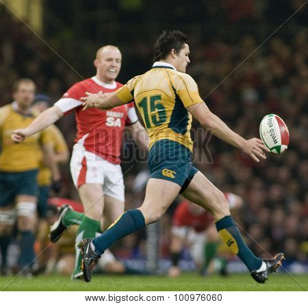 CARDIFF, WALES. 28 NOVEMBER 2009. Adam Ashley Cooper of Australia  while playing in the Invesco Perpetual International Rugby Union match between Wales and Australia at the Millennium Stadium