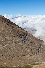 picture of himachal  - Himalayan landscape in Himalayas along Manali - JPG