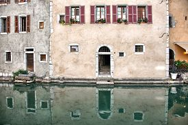 picture of annecy  - Old medieval houses and water canals in Annecy France - JPG