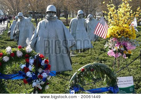 US Soldier statues at Korean War Memorial