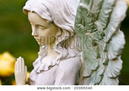 Praying angel