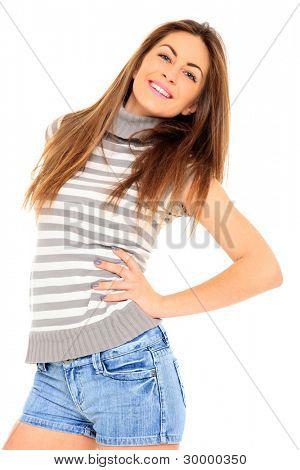 年轻女子在牛仔裤短裤、 白色的工作室
