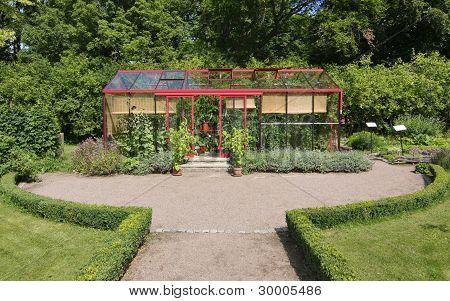 Greenhouse Driveway