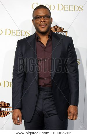 LOS ANGELES - FEB 14:  Tyler Perry arrives at the