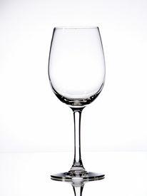 image of wine-glass  - wine glass bar glass holiday wedding white wine - JPG