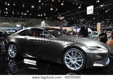 Carro-conceito Lexus LF-CC