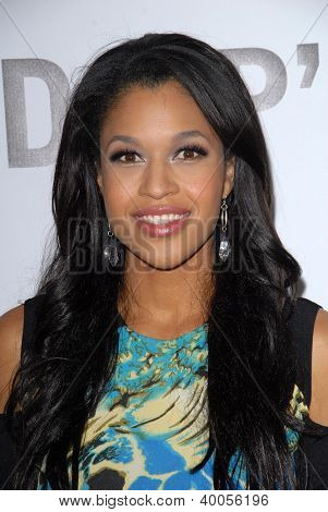 LOS ANGELES - DEC 12:  Kali Hawk arrives to the 'This is 40'  Premiere. at Graumans Chinese Theater on December 12, 2012 in Los Angeles, CA