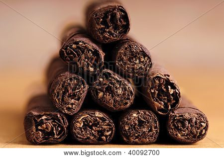 Close Up Cigarillos