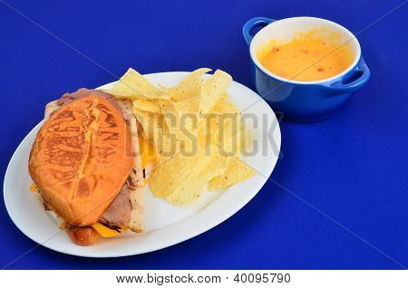 Hoagie With Chips And Dip