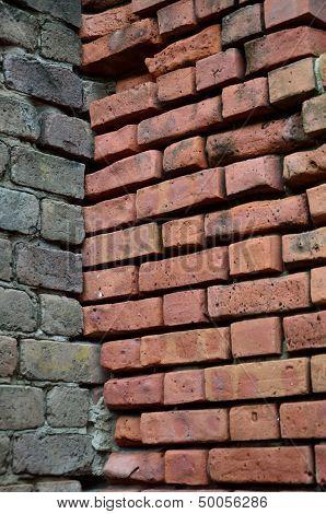 Dual tone brick walls