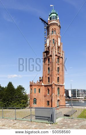 Simon-Laschen-Turm, the old lighthouse at the harbor of Bremerhaven