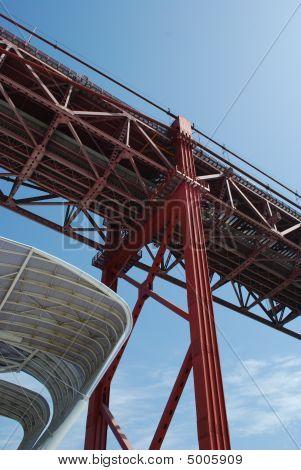 Puente de Lisboa - 25 de abril