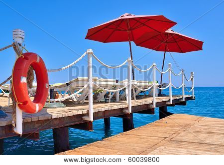 Pier beach hotel