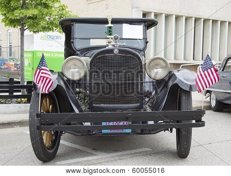 1924 Black Dodge Brothers Touring Car Front View