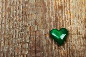 picture of malachite  - Green malachite heart on wooden background - JPG