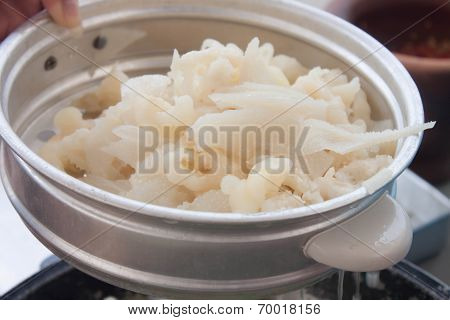 Tripe, Sliced ??and Boiled In A Pot Of Hot Water.