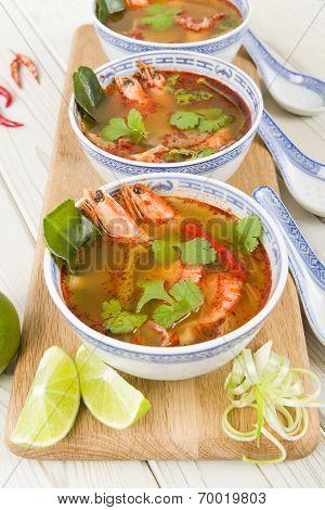 Tom Yum Nam Khon