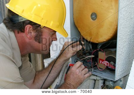 AC Repairman Working