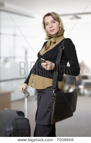 pregnant woman traveling
