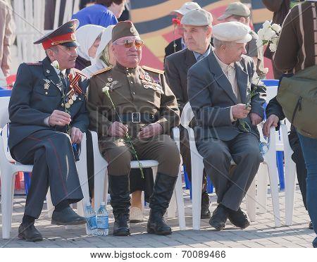 Veterans of World War II on tribunes