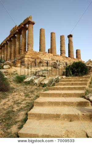Temple of Magna Grecia