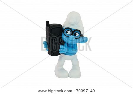 Brainy Smurf Hold A Black  Cell Phone