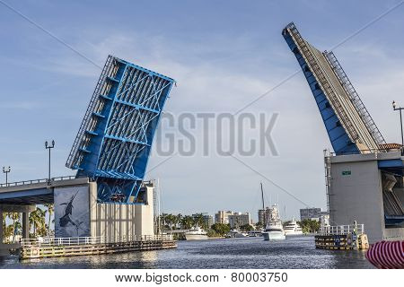 View Of The Fort Lauderdale Intracoastal Waterway With A Drawbridge Ahead