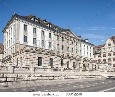 Zurich Municipal  Police Building