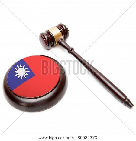 Judge Gavel And Soundboard With National Flag On It - Republic Of China - Taiwan