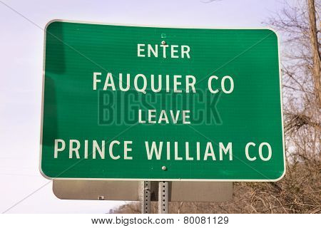 Green road sign in Virginia