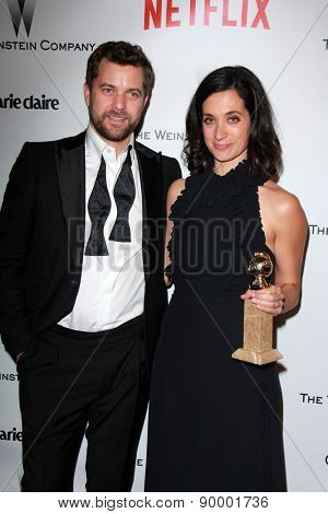 LOS ANGELES - JAN 11:  Joshua Jackson, Sarah Treem at the The Weinstein Company / Netflix Golden Globes After Party at a Beverly Hilton Adjacent on January 11, 2015 in Beverly Hills, CA