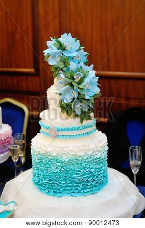 Beautiful Turquoise Three-tiered Wedding Cake