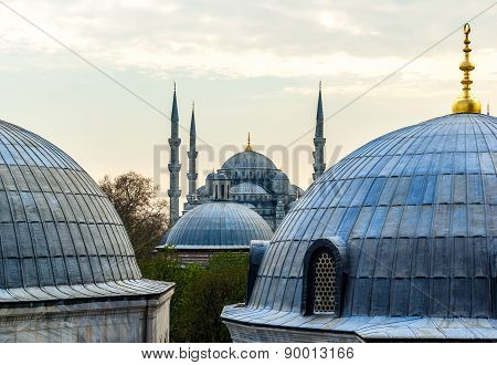 Blue Mosque, (Sultanahmet Camii), Istanbul, Turkey.