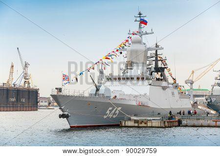 Stoikiy Warship On Neva, Steregushchy Class Corvette