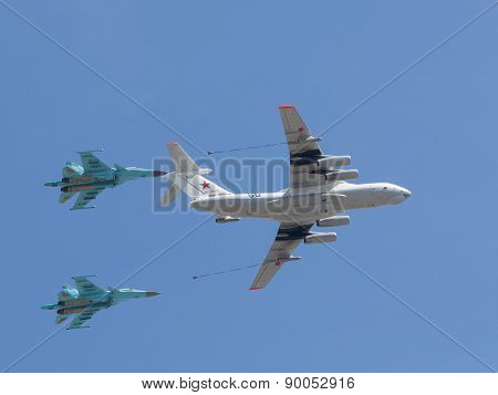 Steam Air Refueling At The Victory Parade