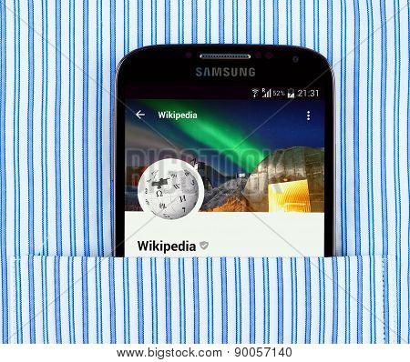 Wikipedia app on the Samsung galaxy display