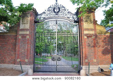 Harvard University Gate, Boston