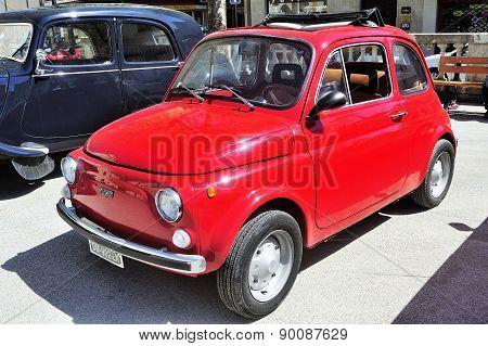 Fiat 500 Red