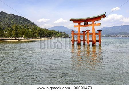 The Floating Torii Gate Of Itsukushima Shrine, Japan