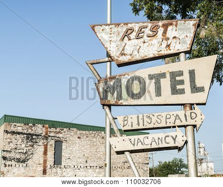 Another Abandoned Motel Sign, On Route 66, Usa