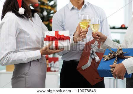 Exchanging presents