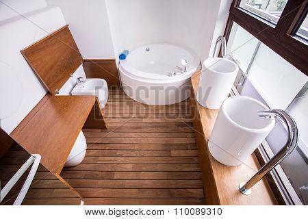 Wooden Parquet In Contemporary Restroom
