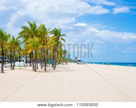 The beach at Fort Lauderdale in Florida on a beautiful sumer day
