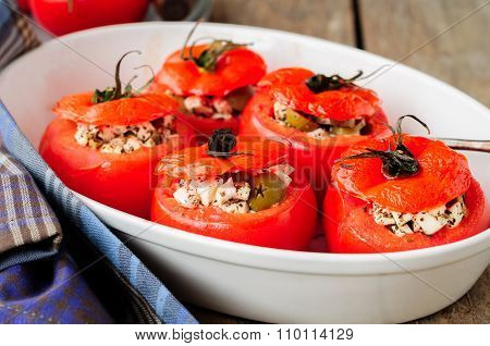 Cheese And Green Olive Stuffed Tomatoes