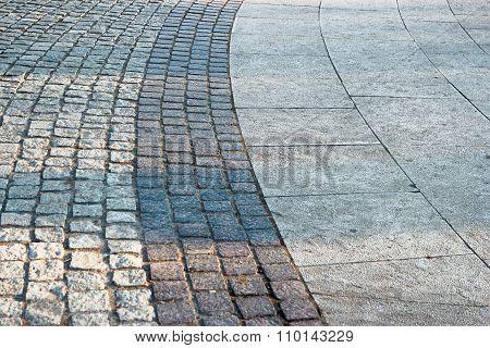 Bended paved footpath
