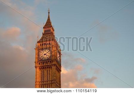 Big Ben Tower With Blue Sky And Some Clouds