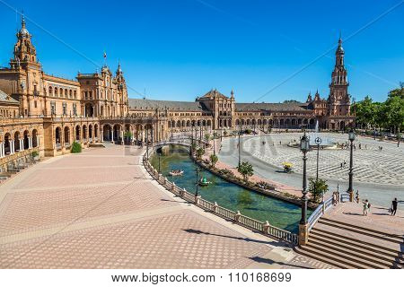 SEVILLE,SPAIN-3,MAY,2014:Spanish Square (plaza De Espana) In Sevilla, Spain