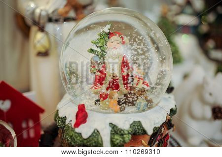 Christmas Snow Globe With Santa Inside