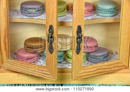 macaroons in cabinet